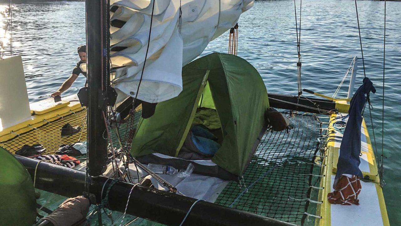 Bivouac à bord du catamaran de Sensation Sailing